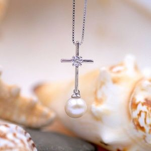 Cross pearl Dangle Necklace